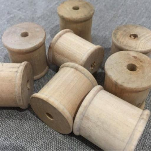 Wooden Bobbins 33mm x 33mm Cotton Size x 1