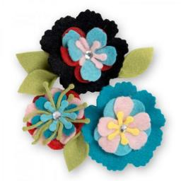 Sizzix Thinlits Dies set 13PK Stitchy Flowers & Leaf by Eileen Hull
